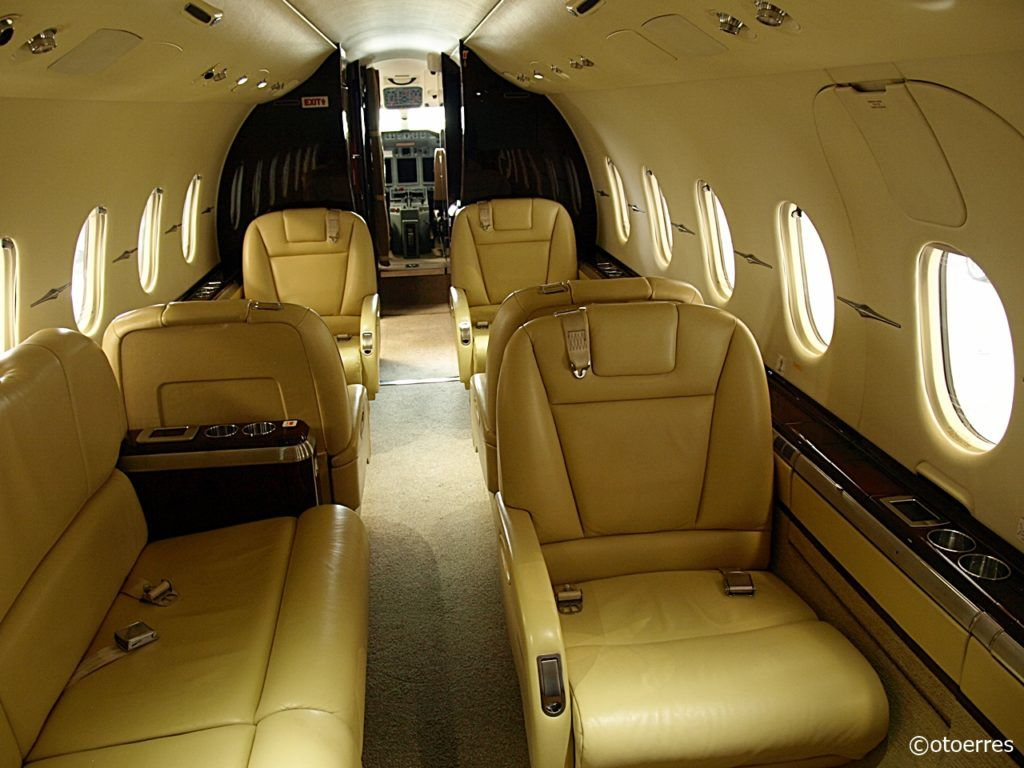 Hawker 4000 - JoinJet - sun-Air - Business jet