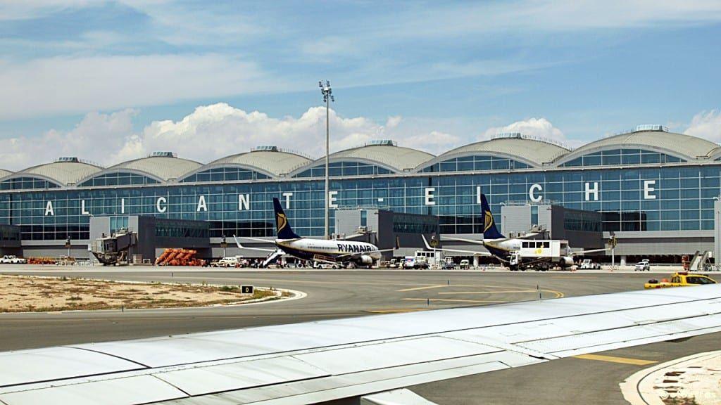 Alicante - Elche Airport - Costa Blanca - Spania