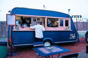 Yumtingz coffee and food truck (bildekilde: visitdubai.com)