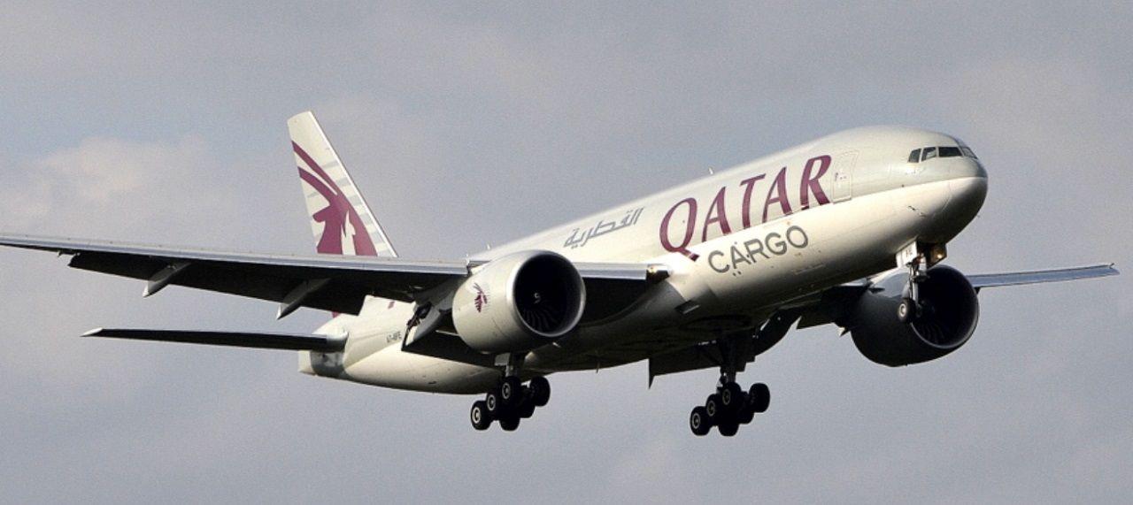 Boeing 777-300 - passasjererfly/fraktfly - Qatar Airways