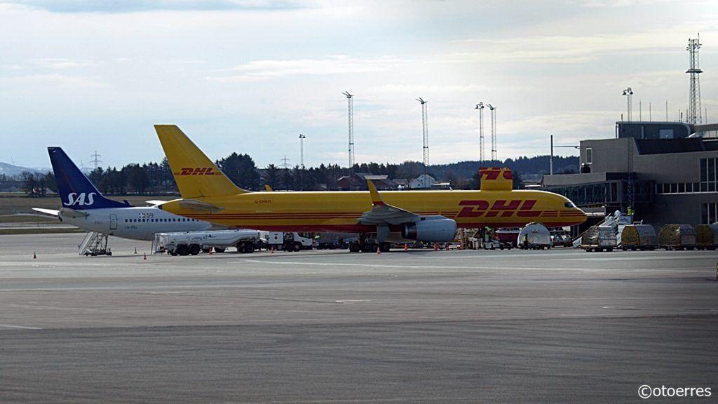 SAS- DHL - Gate - SVG - Stavanger lufthavn Sola - 2021