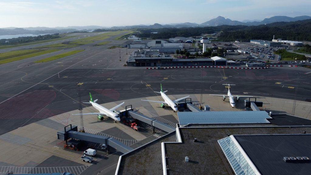 Widerøe - Embraer E190-E2 - Bergen lufthavn - Flesland