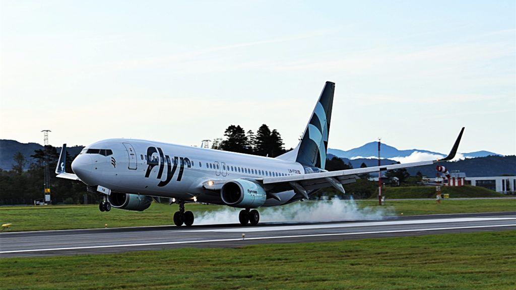 Flyr - Boeing 737-800 - Bergen lufthavn Flesland - Første landing - 16. august 2021