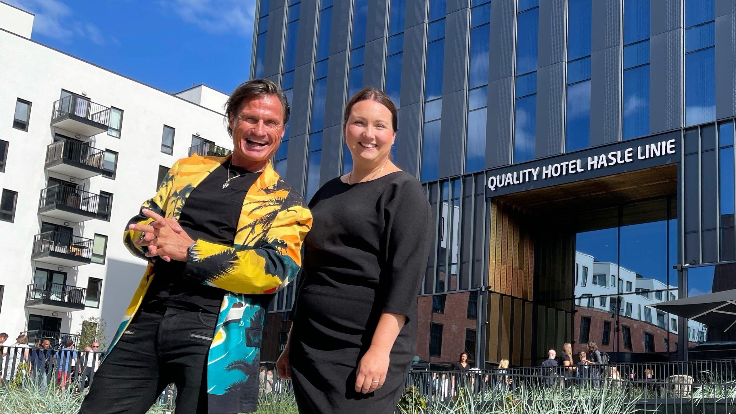 Petter A. Stordalen - Sara Jensen - Quality Hotel Hasle Linie - 2021