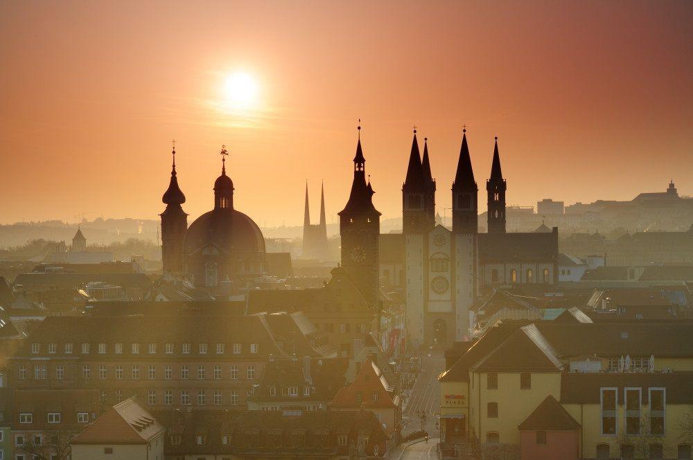 Soloppgang - Gamleby - Skyline - Würzburg - Tyskland