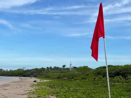 Playa Peladas Guiones Bandera